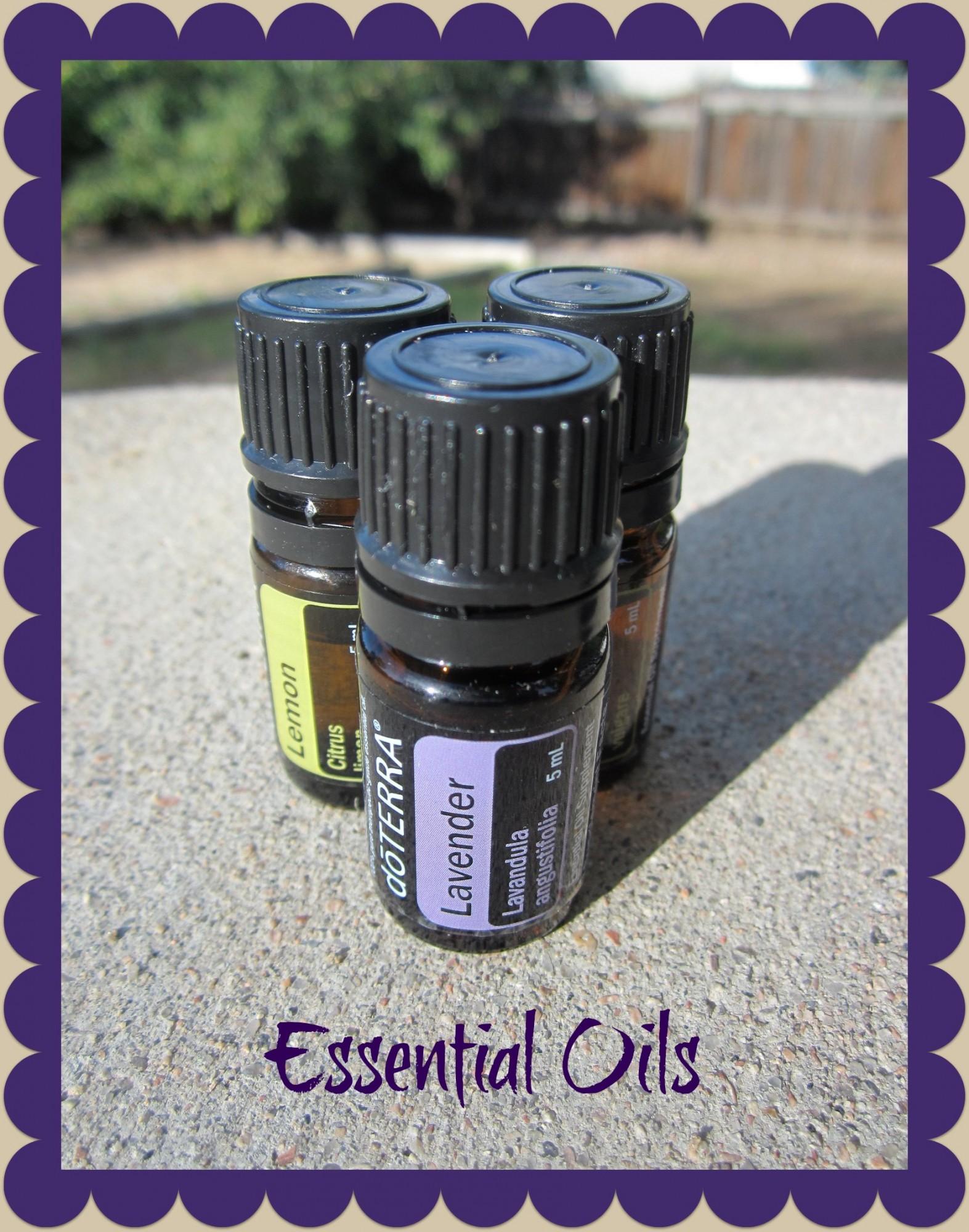 Essential Oils - www.mamashappyhive.com.jpg
