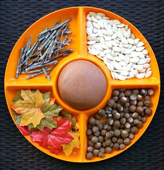 Pumpkin-Play-Dough-Invitation-to-Play