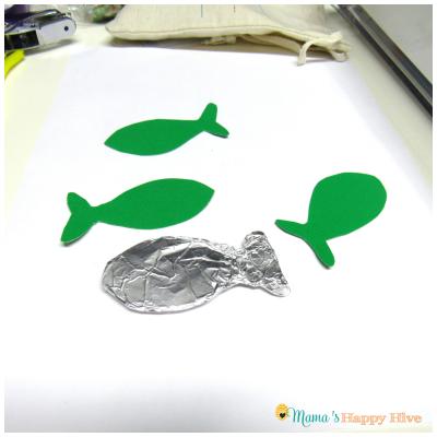 Foil Fish 2 - www.mamashappyhive.com