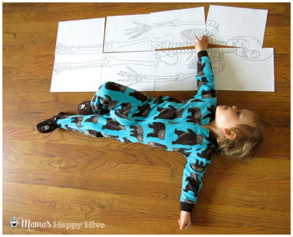 Skeleton Puzzle - www.mamashappyhive.com