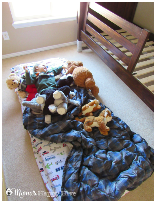 Floor Bed - www.mamashappyhive.com