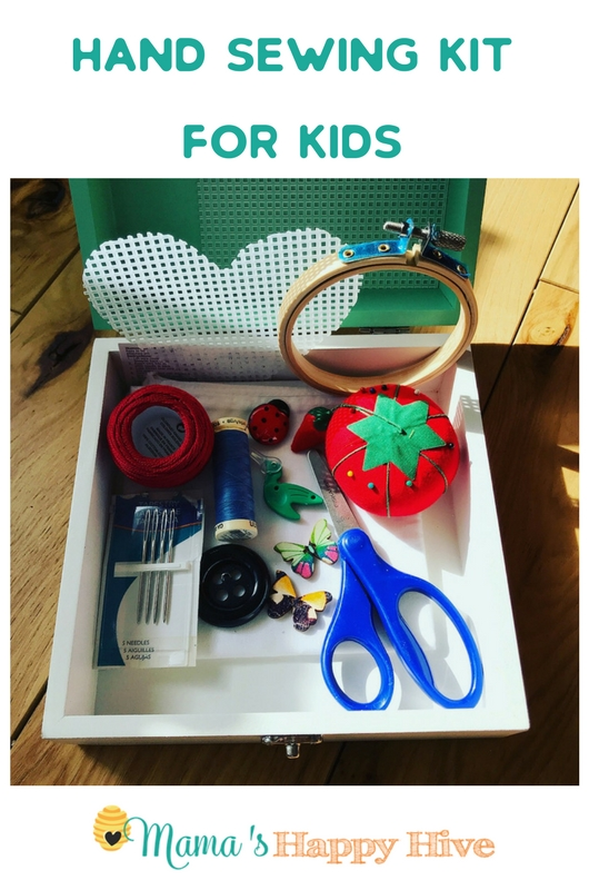A simple hand sewing kit for kids with a list of materials so that you can create your own kit for those spur of the moment sewing opportunities!  - www.mamashappyhive.com